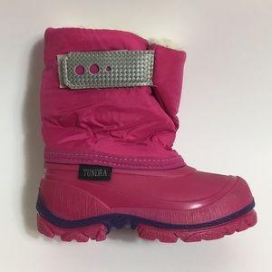 Tundra | girl's winter snow boots size 7 EUC